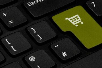 Compras on-line em alta no Dia do Consumidor