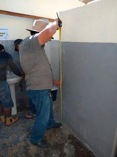 Prefeito Djalma Alves acompanha andamento de reforma da Escola Antônio Gomes