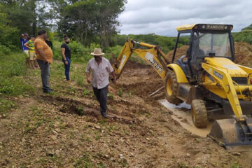 Prefeitura de Solidão abre sangria em barragem com iminência de rompimento no sítio Dona Joana