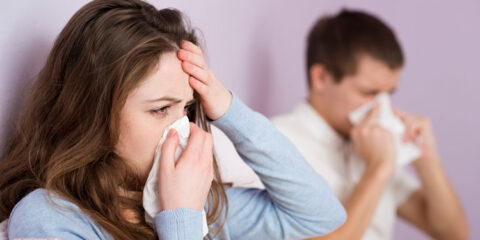 Saiba diferenciar os sintomas de gripe e resfriado com os da Covid-19